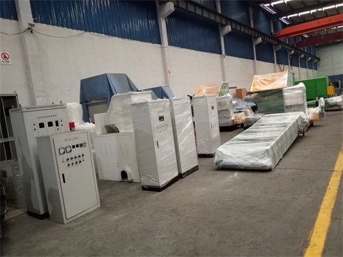 EPS hot melt recycling machine workshop